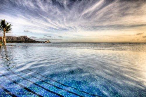 10 потрясающих бассейнов и водоёмов