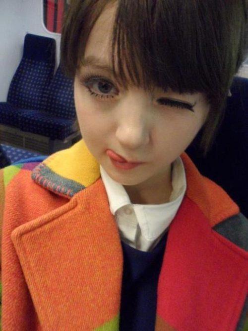 Девушки-куклы
