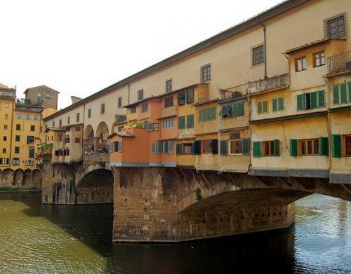 7 Поразительных обитаемых мостов