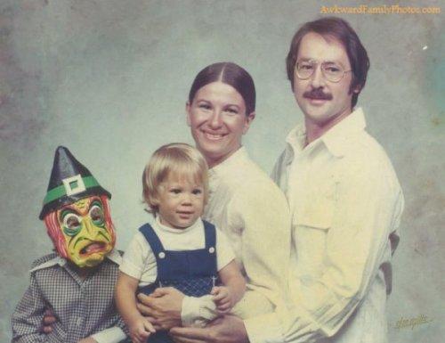 Странные и смешные семейные фотографии (35 фото)
