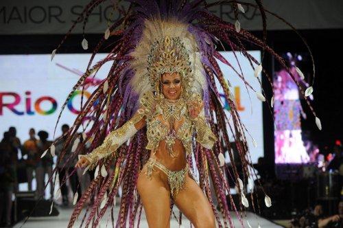 В Рио-де-Жанейро выбрали Короля и Королеву предстоящего карнавала