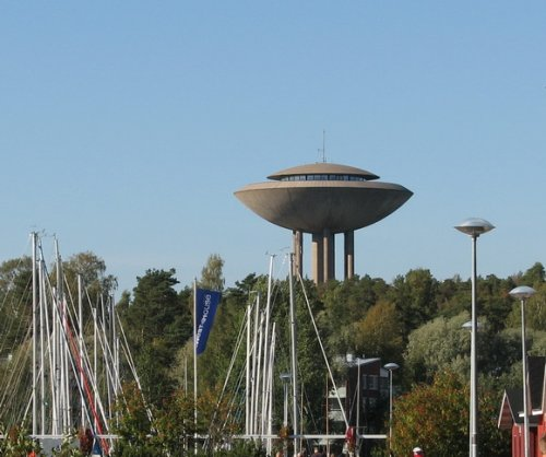 14 Уникальных водонапорных башен со всего мира
