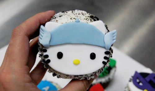 Кексы в стиле «Hello Kitty + Мстители (The Avengers)»