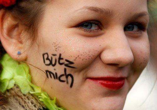 Уличный карнавал в Кельне
