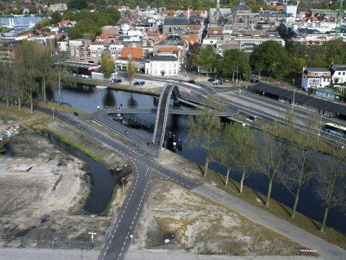 Млечный Путь – необычный мост в Голландии