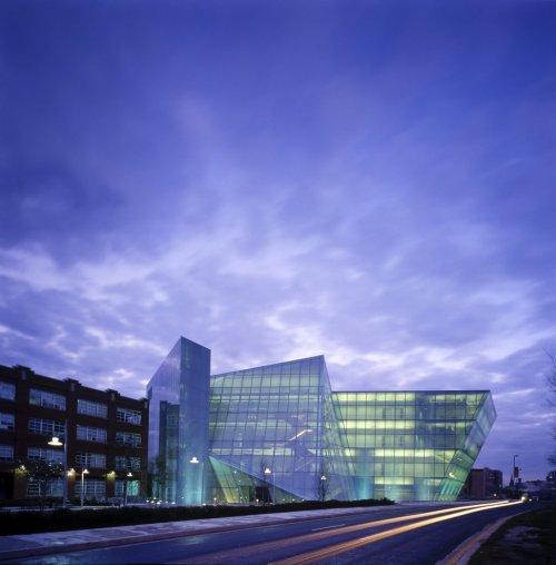 10 Удивительных зданий художественных училищ