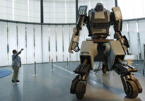 Робот Kuratas – четырехметровый гигант-трансформер
