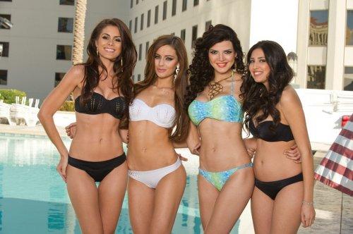 Участницы конкурса Мисс Вселенная 2012 в фотосессии в купальниках