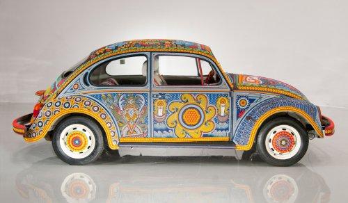 Декорированный бисером уникальный Volkswagen Beetle