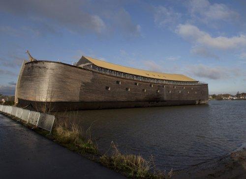 """Реконструкция """"Ноева Ковчега"""" в порту Схагена в Нидерландах"""