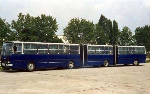 Трехсекционный автобус Икарус 293
