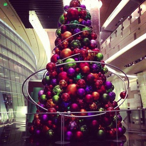 20 Самых клёвых новогодних ёлок 2012 года