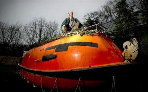 Спасательная лодка на конец света