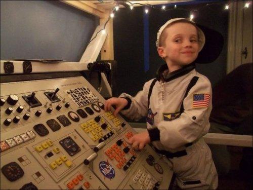Космический корабль в подарок на день рождения