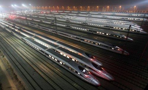 В Китае построили самую длинную скоростную железную дорогу