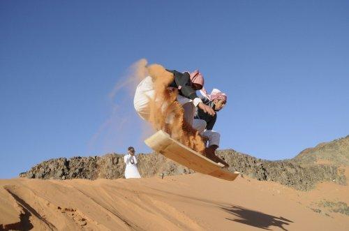 """Сэндбординг – """"пустынный"""" вид спорта"""