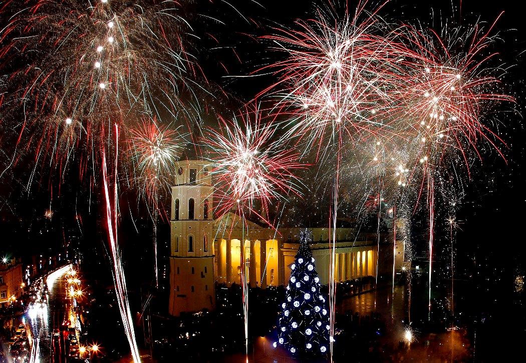 Салют на новый год фото картинки