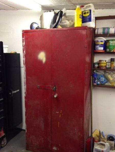 Шкаф с сюрпризом (4 фото)