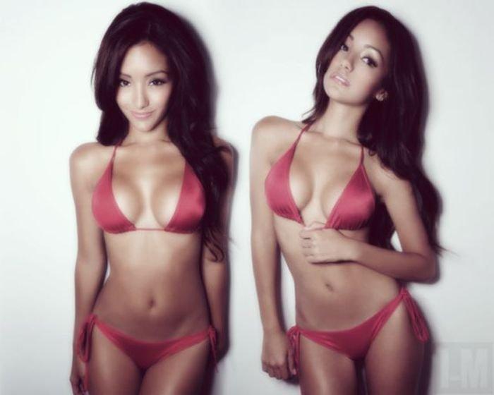 Секси азиатки в бикини