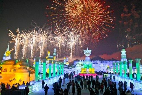 Ледяные и снежные скульптуры международного фестиваля в Харбине