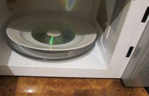 Что будет с CD в микроволновке?