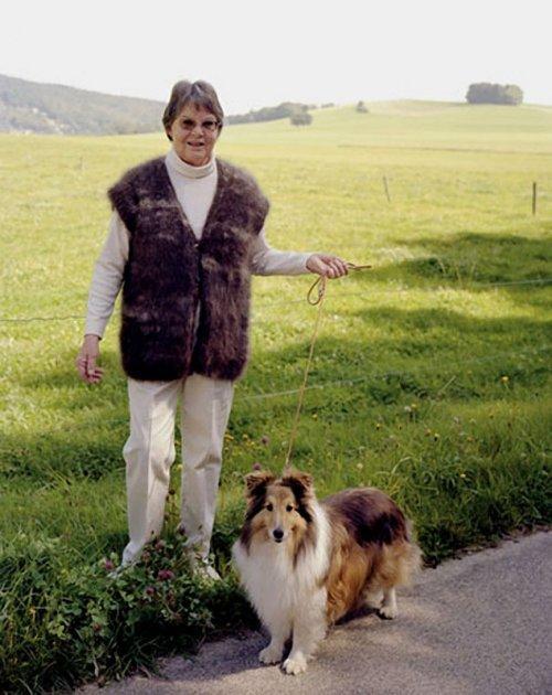 Теплый свитер из шерсти собственной собаки (9 фото)