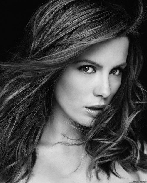 Кейт Бекинсэйл в портретной фотосъемке Джеймса Уайта (6 фото)