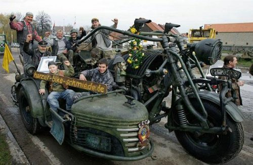 Байк-рекордсмен с танковым двигателем