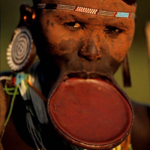 10 Племён, которым удалось избежать современной цивилизации