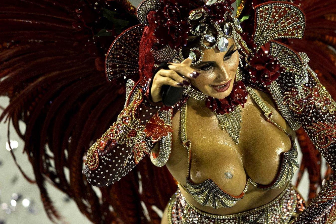 Секс карнавал смотреть онлайн 23 фотография