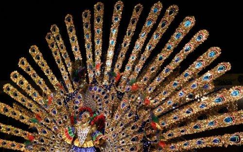 Карнавал на Тринидаде и Тобаго (17 фото)
