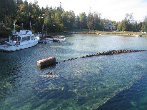 Останки кораблекрушений в гавани Биг Таб на озере Гурон