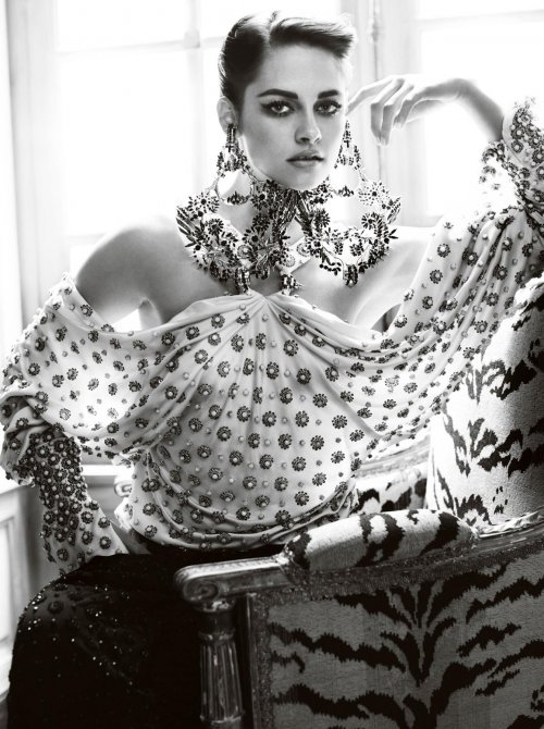 Кристен Стюарт в фотосессии для журнала Vanity Fair (11 фото)