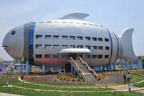 6 зданий с необычной архитектурой и дизайном