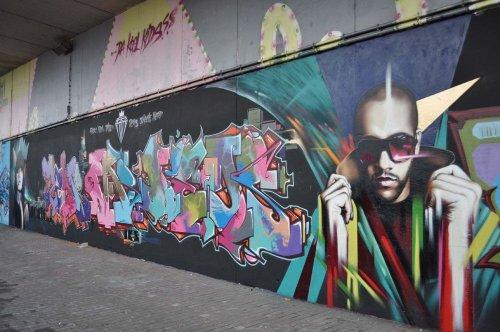 Рисунки бельгийского уличного художника Smates (22 фото)