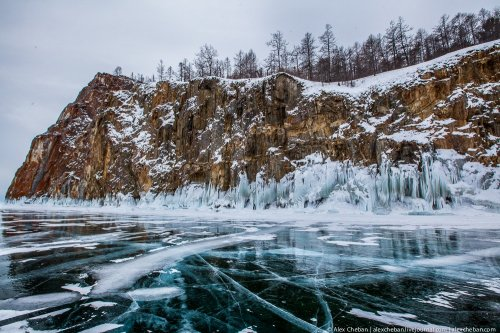Прогулка по замёрзшему Байкалу (25 фото)