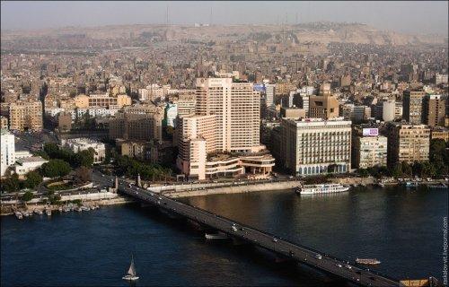 Каир и египетские пирамиды в Гизе