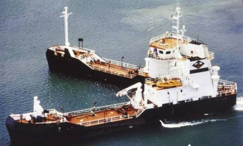 Bottsand – необычное судно для сбора нефти (13 фото)