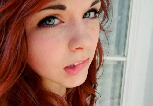 Симпатичные девушки (30 фото)