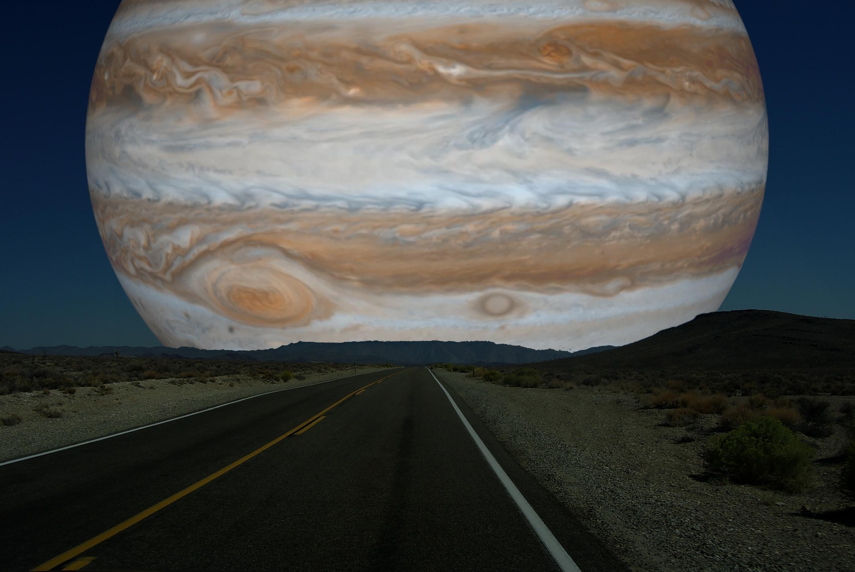 юпитер и земля планета фото ярмарку, люди старались
