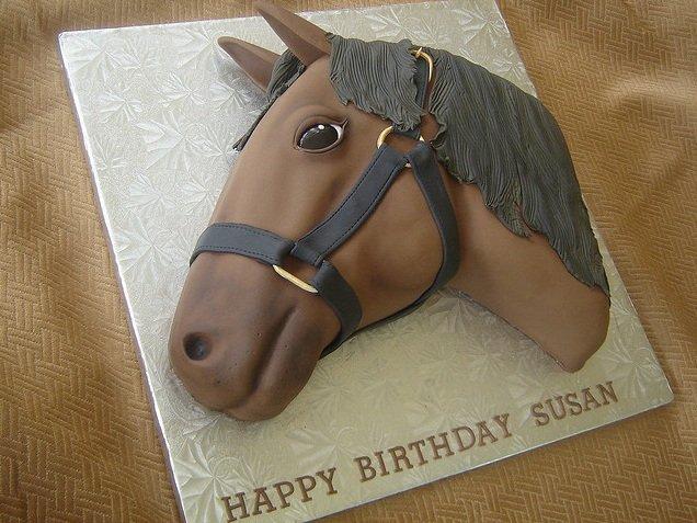Торт в виде лошади фото 2