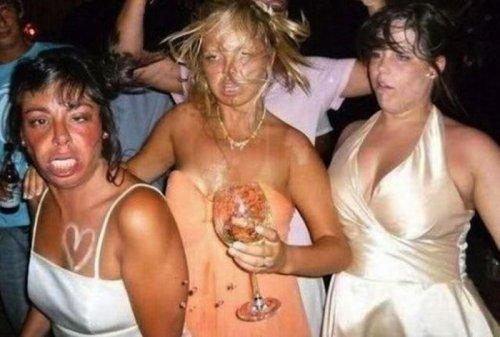 телки отдыхают в ночных клубах