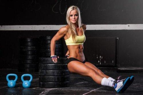 Спортивные девушки (38 фото)