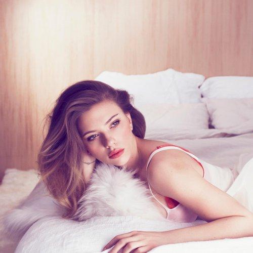 Скарлетт Йоханссон в майском номере журнала Marie Claire (6 фото)