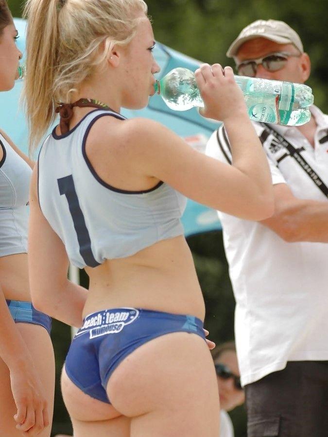 popka-sportsmenki-video