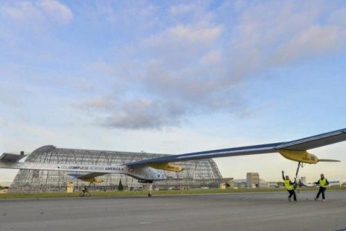 Кругосветный полёт самолёта Solar Impulse