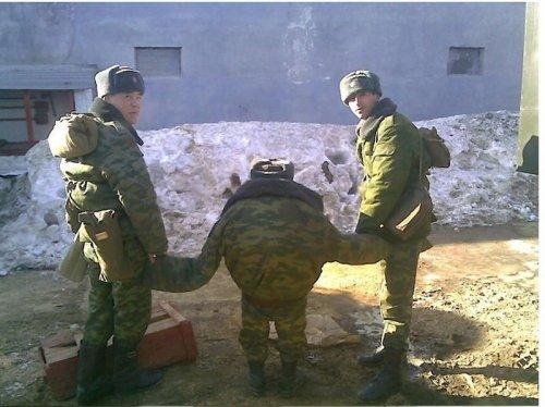 Будни современной армии (12 фото)