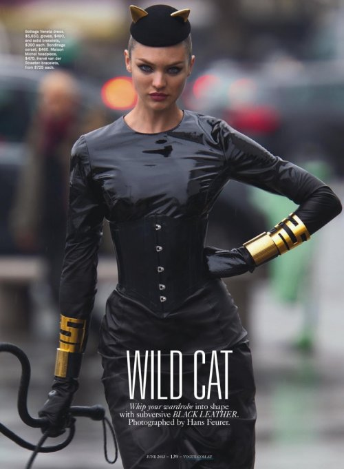 Кэндис Свейнпол в фотосессии для Vogue (9 фото)