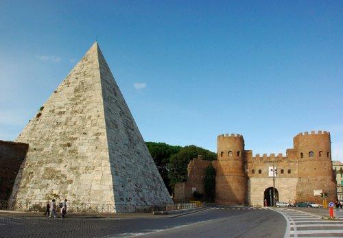 10 Величайших альтернативных пирамид со всего мира