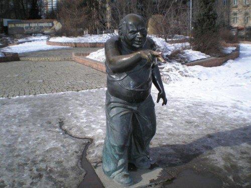 Самые забавные и весёлые памятники России